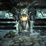 Fate combaciare i simboli della pietra con quelli che vedete sul muro.